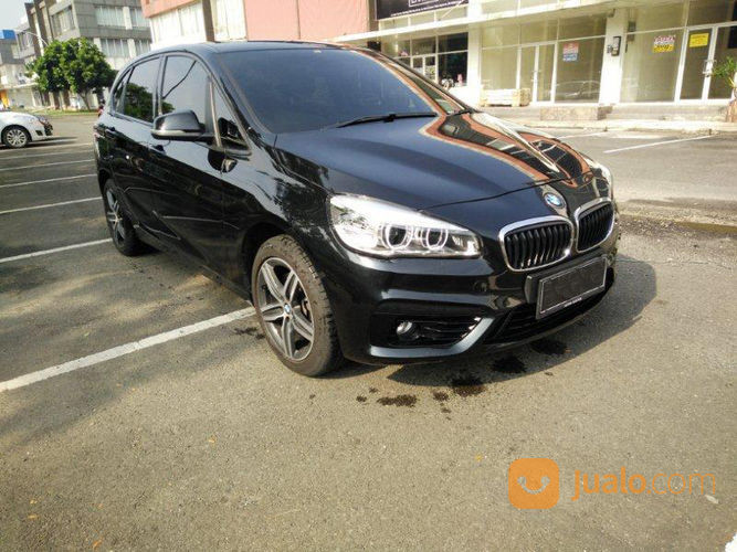 Bmw 218i active toure mobil bmw 20486863