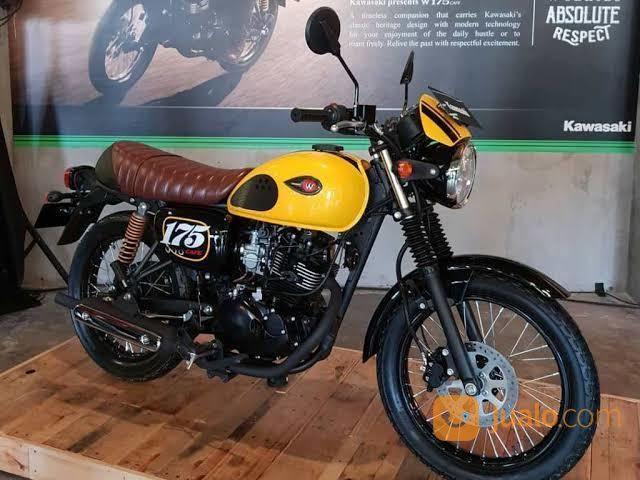 Kawasaki w175 cafe motor kawasaki 20555483