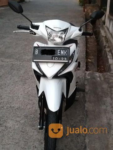 Revo x cosmic white m motor honda 20793735