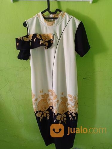 Dress bodyxcon white wanita 21056871