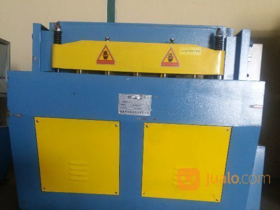 Mesin potong manual perlengkapan industri 21103723