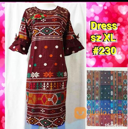Dress motif ulos wanita 21123387