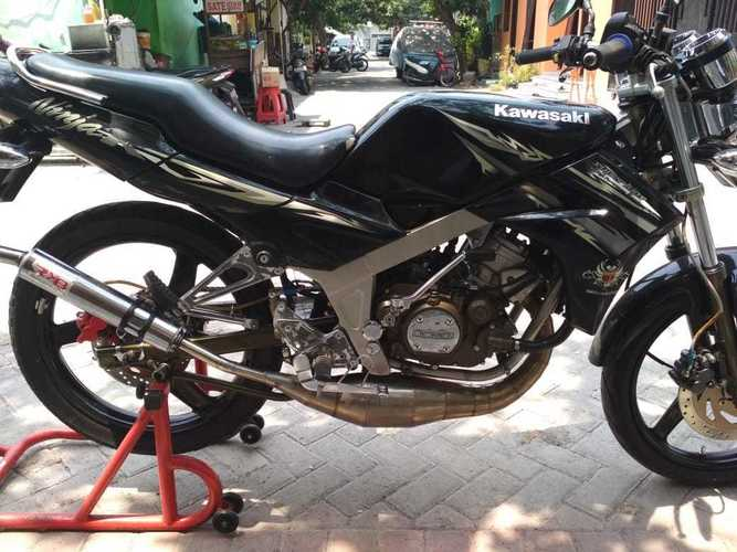 Sepeda Motor Kawasaki Bekas Semarang, Jawa Tengah Jualo
