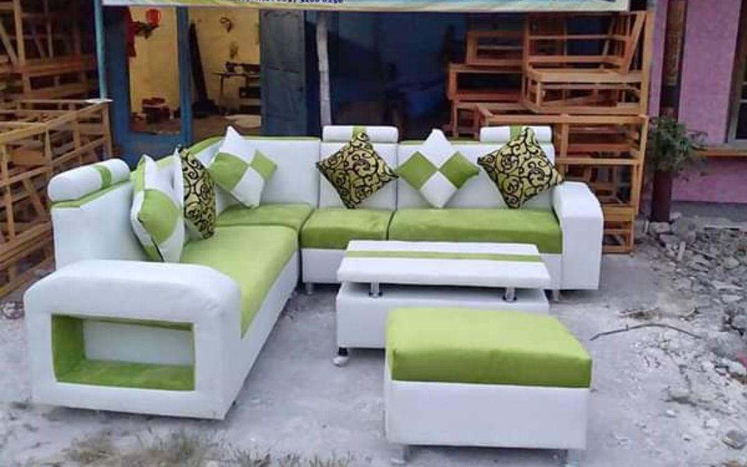 Sofa Minimalis Cakram Dan Puff