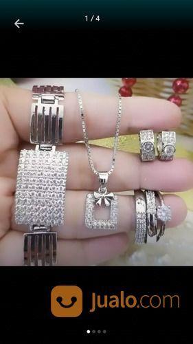 Beli emas tanpa surat perhiasan 21923999