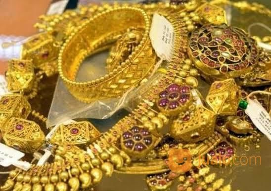 Terima emas dan berli perhiasan 21945799