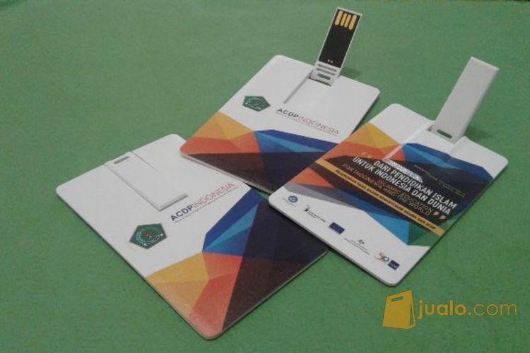 Flashdisk model kartu komputer flashdisk 3407139