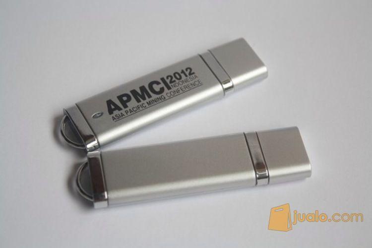 Flashdisk silver stan komputer flashdisk 3748441