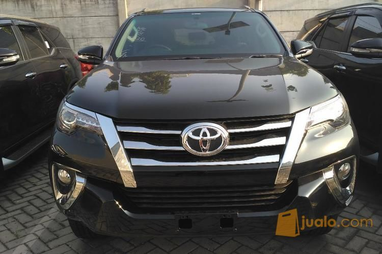 Ready stock fortuner mobil toyota 4479139