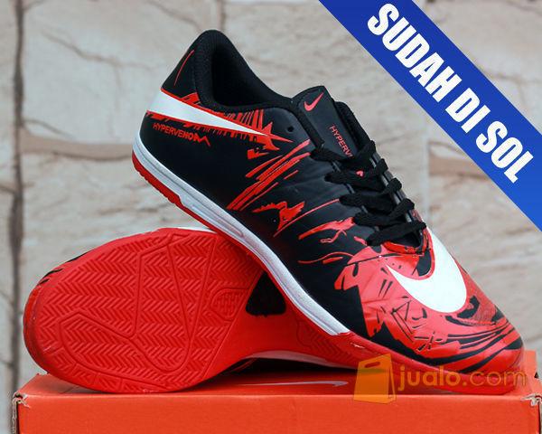 76+ Gambar Sepatu Futsal Merah Paling Hist
