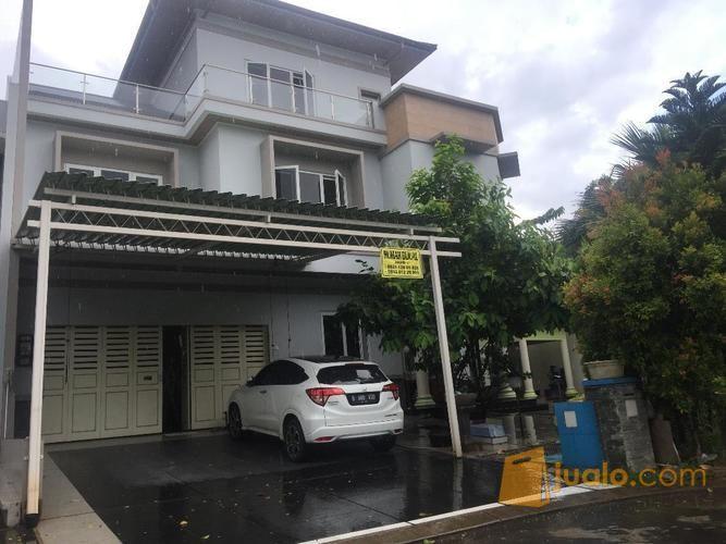 Di rumah mewah harga properti rumah 9946851
