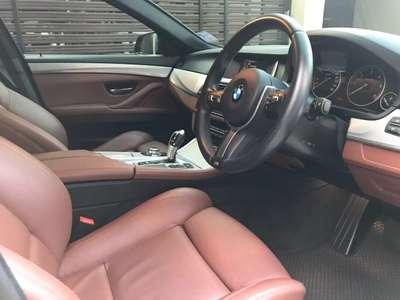 BMW SERIES 5 520d 2016