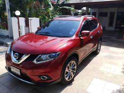 NISSAN X-TRAIL 2.5 LUXURY 2015