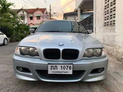 BMW SERIES 3 318 i (4Dr) 2000