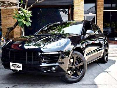 PORSCHE MACAN Turbo 2016
