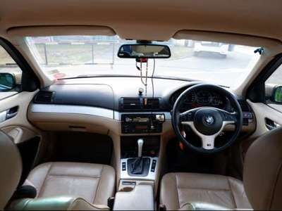 BMW SERIES 3 330 iA 2004