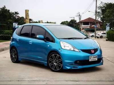 HONDA JAZZ 1.5 S (ABS/AIRBAG) 2010