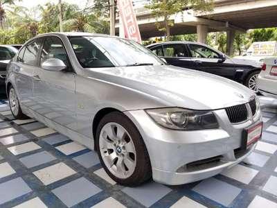 BMW SERIES 3 325 i (4Dr) 2008