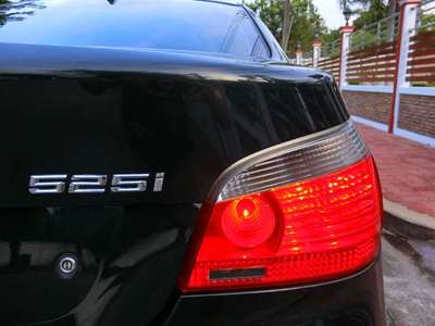 BMW SERIES 5 525 ISE 2004