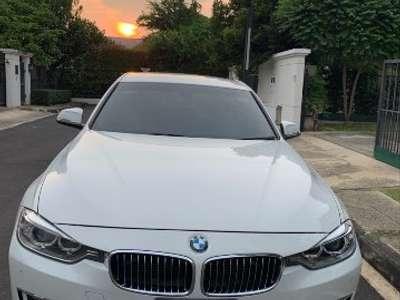 BMW SERIES 3 320 I 2012