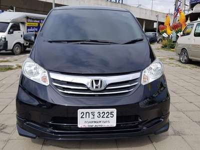 HONDA FREED 1.5 EL 2013