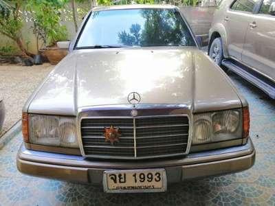 BENZ 230 E 1990