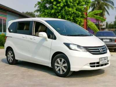 HONDA FREED 1.5 E 2010
