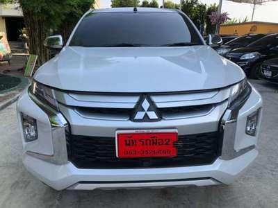 MITSUBISHI TRITON 2.4 MIVEC GLX PLUS MEGA CAB 2019