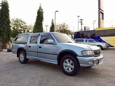 ISUZU D-MAX - 2001