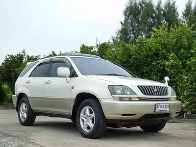 TOYOTA HARRIER 3.0 FOUR 2000