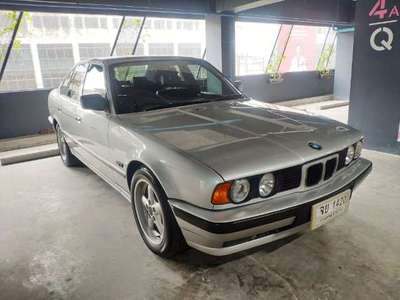 BMW SERIES 5 520 IS 1990