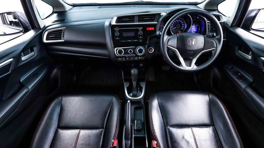 HONDA JAZZ 1.5 i-VTEC S 2016 เทา