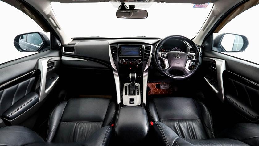 MITSUBISHI PAJERO-SPORT 2.4 GT PREMIUM 2WD 2016 ดำ